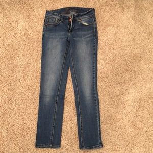 Delia's Cropped Skinny Jeans